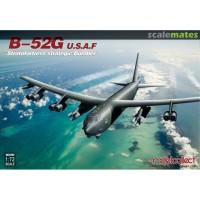 pesawat B-52G U.S.A.F Stratofortress Strategic Bomber 1/72 model kit