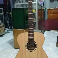 Gitar akustik GENTA A 200