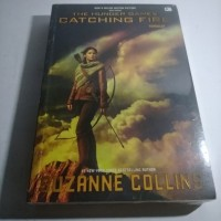 Novel The Hunger Games Catching Fire - Suzanne Collins