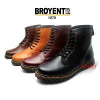 Sepatu Boots Wanita Model Docmart Kulit Asli 1070