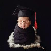 kostum bayi newborn baby foto properti topi wisuda toga sarjana