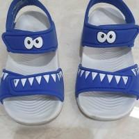 sepatu sendal adidas