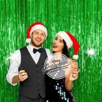 tirai foil hijau / backdrop hijau / foil fringe curtain natal dekorasi