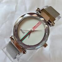 DISKON!!! Jam tangan wanita magnet Gucci plat putih DISKON!!!