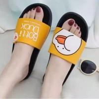 """Sandal selop wanita Karakter Timbul Botti Duck Kuning"""""""