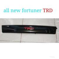 list lis grill depan Toyota all new Fortuner TRD Original