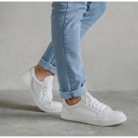 Alphine 2.0 Series - Sepatu Putih Sneakers Pria Cowok Ori Casual