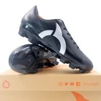 Sepatu Bola OrtusEight Horizon FG Black Silver 11010115 Original BNIB