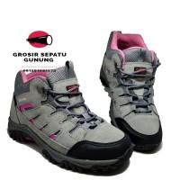 Sepatu Hiking Wanita Karrimor Gunung Outdoor Boots Waterproof