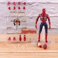 Action Figure Iron Spider Mafex 081