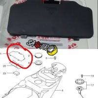 tutup cover tookid kunci busi tool holder suzuki skywave ori sgp
