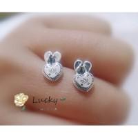 Gadis Pandora, Hadiah hari Valentine itu, Anting kunci jantung 296575