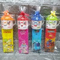 Paket souvenir ulang tahun mug Trixy dan kotak pensil