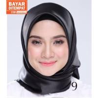 Jilbab Silk Segi Empat Polos HP009