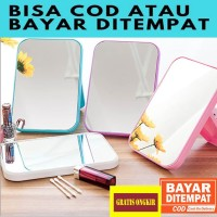 RT058 Kaca Rias Make Up Kreatif Cermin Lipat Persegi Portable Beauty