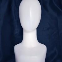 manekin kepala alien