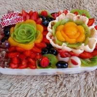 tukusiki salad buah 2000 ml acara ulang tahun