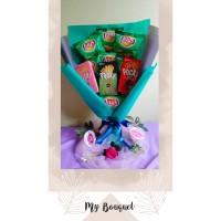 Bucket buket bouquet snack lays pocky hadiah kado wisuda valentine