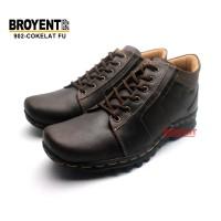Sepatu Low Boots Pria Casual Kulit Asli 902