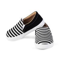 Sepatu Anak unisex umur 1 2 TAHUN slip on antislip hitam salur. E01