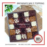 [PROMO] Brownies Panggang Cokelat Mix 5 Topping
