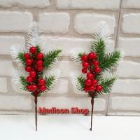 Daun Hijau Salju Cherry Natal Krans Ornamen Hiasan Parsel Parcel Natal