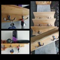 Rak dinding minimalis serbaguna kayu jati belanda tipe A001