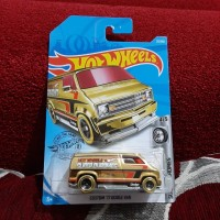 Hotwheels Custom 77 Dodge Van Gold