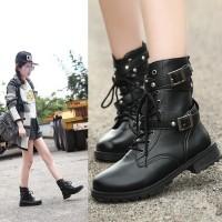 Sepatu Ankle Boots Model Militer Punk Gothic High Top untuk Wanita
