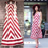 dress salut merah pantai bangkok