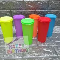 Gelas plastik 500ml/gelas warna warni souvenir ulang tahun