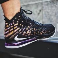 Sepatu Basket Nike Lebron 17 Lakers Black Purple