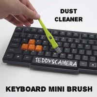 Portable Mini Brush For Keyboard PC LAPTOP Dust Cleaner Pembersih PC