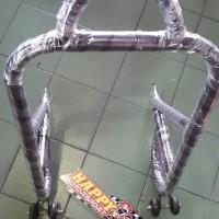 Paddock belakang model dapat Jalu Universal Bike