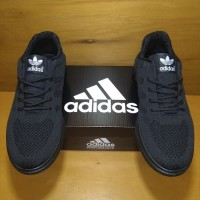 Sepatu Adidas Full black - Hitam, 40