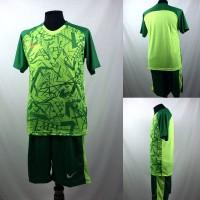 Setelan Baju/Kaos Sepak Bola/Futsal Dri-Fit Print Dewasa Nike Hijau