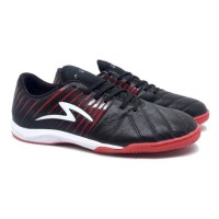 Sepatu Futsal Specs Barricada Lea 19 IN (Black/Emperor Red)⠀⠀