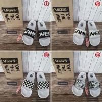 Sandal Slip On Vans Game Over Checkerboard Marvel Premium White Putih