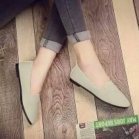 Reiv - Tongue Flat Shoes