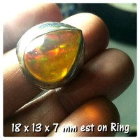 White Opal Ethiopia Big Size Dim 18 mm collection