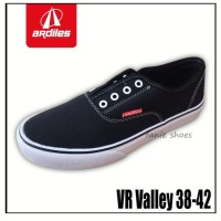 Fanie Shoes - Ardiles VR Valley 38-42 Hitam / Sneakers Pria