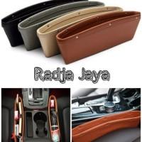 Rak Selip Kulit Hp Kartu Samping Jok Mobil Car Seat Organizer Leather - Cokelat