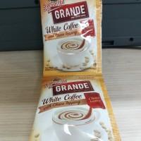 Kopi Kapal Api Grande White Coffee with Choco Topping