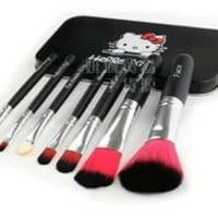 koas make up 1set alat make up 1set karakter black hello kitty