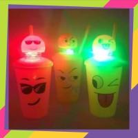 Gelas minum karakter emiji lampu LED/ Mug karakter emoji/ 618