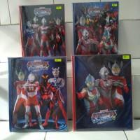 Album kartu Ultraman 144 slot dimensi 22 x 29 cm mainan anak koleksi