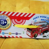 Mainan Mobil Pemadam Kebakaran atau Fire Engine