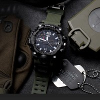 Fashion Pria: SMAEL Jam Tangan Sport/Militer Dual Display Quartz