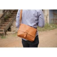 Arjuna Messenger Bag - Size M - Mill Naturan dan Pullup