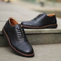 Sepatu Fantofel Kulit Pria - RL JZZ Black Colour PullUp Leather (0002)